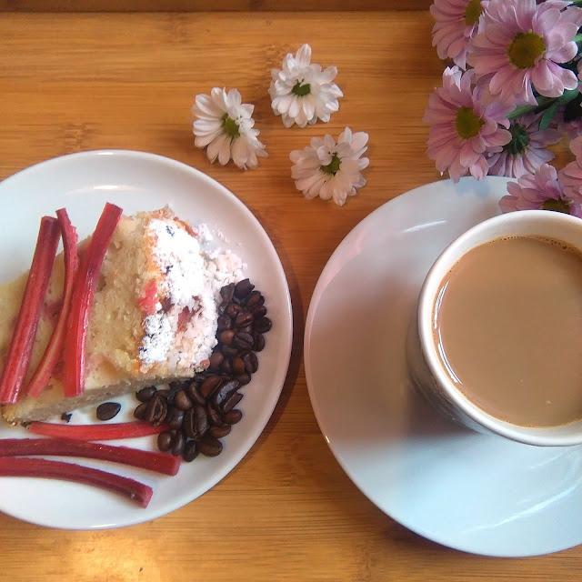 jak, zrobić, ciasto, dobre, do kawy szybkie, ciasto z rabarbarem, rabarbar, najlepsze ciasto, wrzesień, najłatwiejsze ciasto,