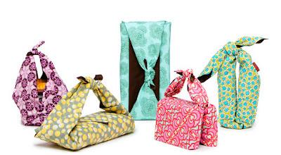 Emballer ses cadeaux dans... du tissu!