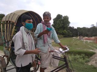 madhubani-congress-distribute-shop-mask
