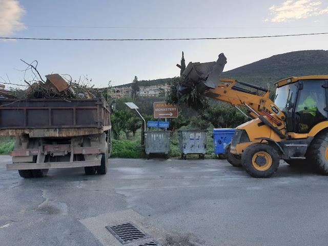 Παραμονή Χριστουγέννων και ο τομέας καθαριότητας στον Δήμο Ναυπλιέων δεν σταματάει