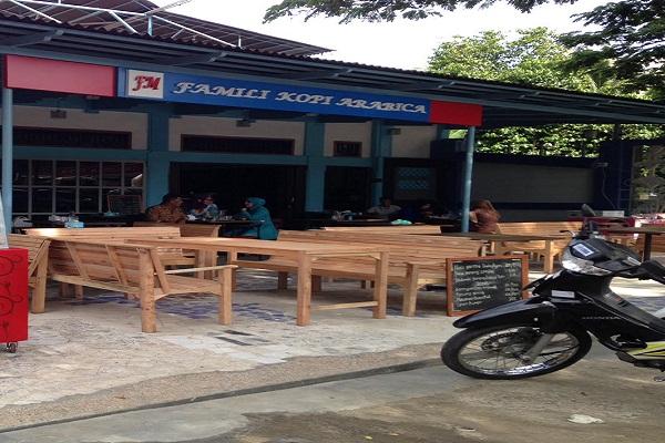 FAMILI COFFEE ARABICA : 2 ORANG JURU MASAK - KOTA BANDA ACEH
