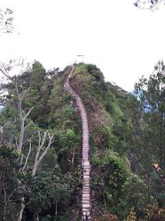 Tangga Seribu di objek wisata gunung Sopai