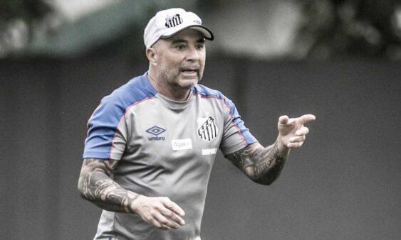 Por meio de nota, Santos anuncia a saída de Sampaoli