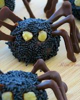 trufle pająki na halloween