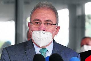 Marcelo Queiroga foi diagnosticado com Covid-19
