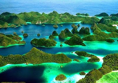 http://infomasihariini.blogspot.com/2017/02/tempat-wisata-papua-yg-sayang-untuk.html