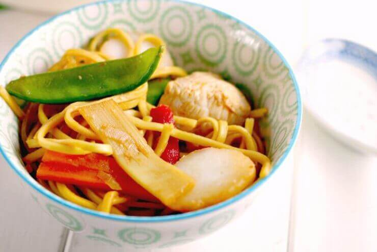 chicken noodles in a bowl