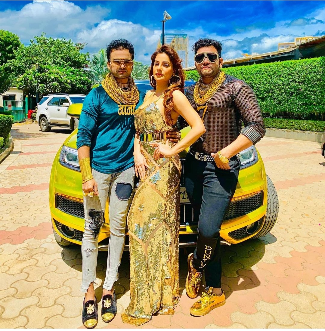 Golden-Man-of-India-Sunny-Vaghchore-and-Sanjay-Gurjar-will-come-to-Jaipur-on-10-International-model-and-actress-Preeti-Soni-will-also-be-present