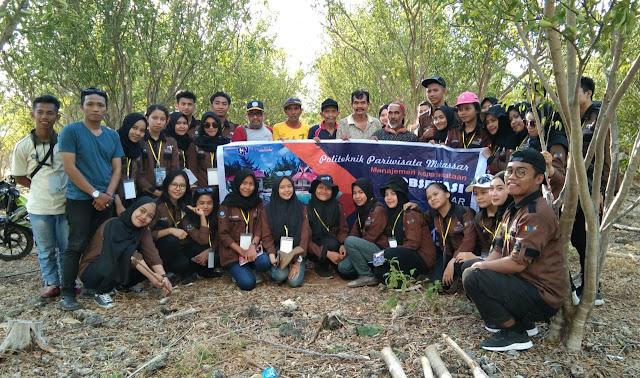 Kunjungi Kampung Jeruk Selayar, Mahasiswa Yakin Potensi Agro Wisata Selayar