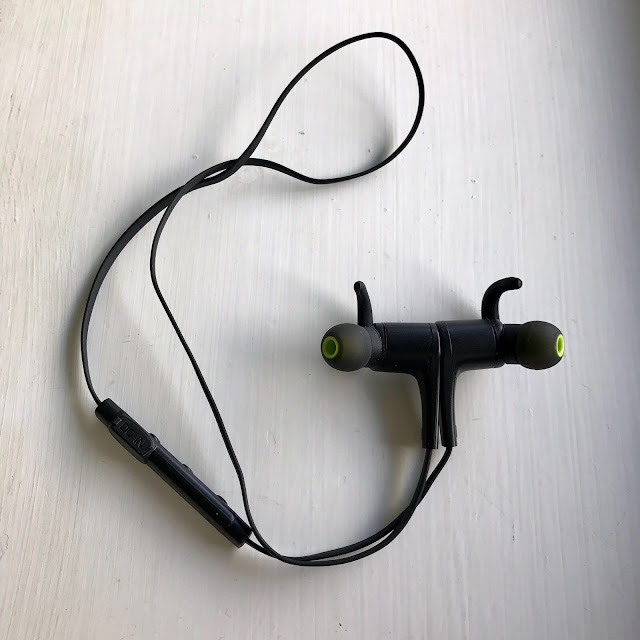 SoundPEATS Q12 Wireless Earphones