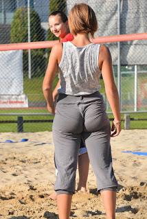 chica nalgas grandes pants yoga