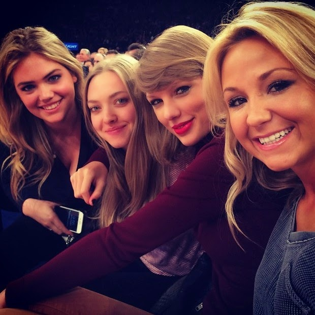 Taylor Swift attends basketball game with Amanda Seyfried