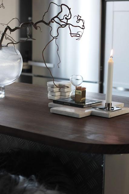 annelies design, webbutik, webbutiker, webshop, nätbutik, inredning, ljusstake, ljusstakar, marmor, skärbräda, skärbrädor, underlägg, timglas, vas,