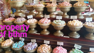 big top candy taffy display