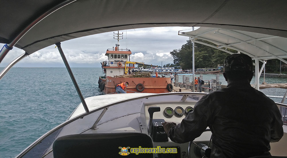 ruang kokpit kapten speed boat
