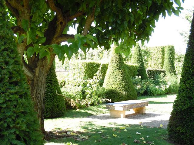 topiary, potager w Prowansji