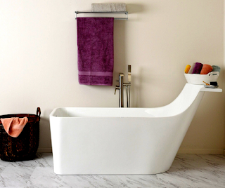 Small-Stand-Alone-Bathtubs