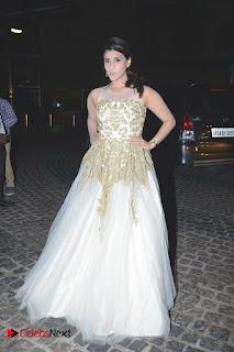 Actress Mannara Chopra Pictures at Britannia Filmfare Awards 2016  0010