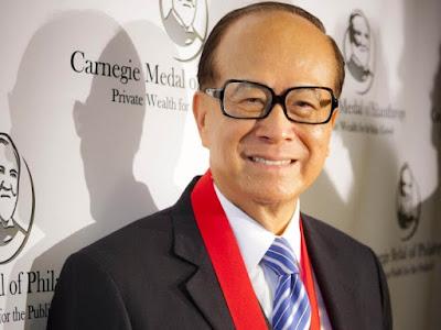 """Cùng nghe """"siêu nhân kiếm tiền"""" Hồng Kông chia sẻ về quan điểm tiền bạc và lối sống"""