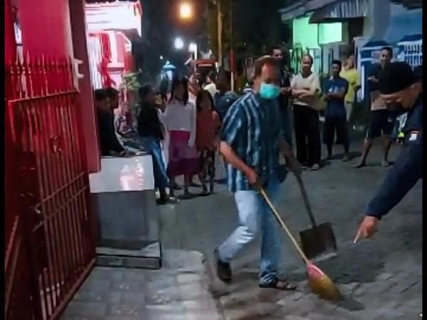 Heboh Teror Beras Kuning depan Rumah Kacabdindik Jatim di Tulungagung