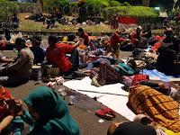 Dicuekin Jokowi dan Menterinya, 70 Ribu Guru Honorer K2 Pulang Dengan Rasa Kecewa