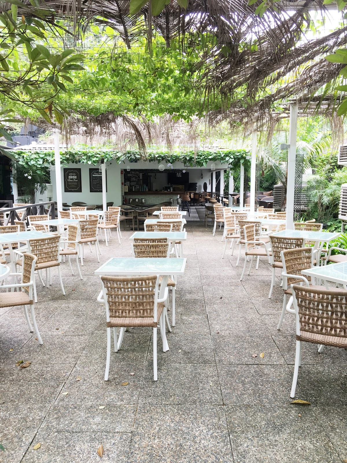 Bishan  Cafe  Pasta & REVIEW: Good Cafe food in Singapore: Canopy Garden Dining at ...