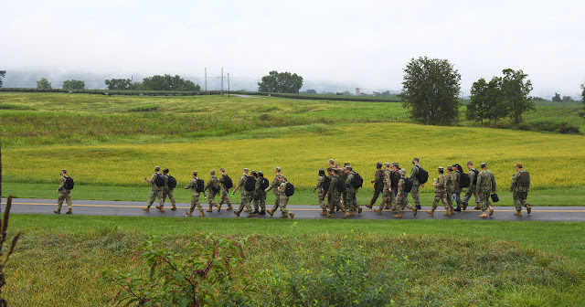 A group of students walking through Antietam.