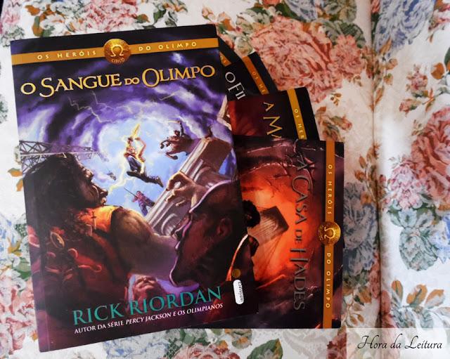 Capa do livro O Sangue do Olimpo da série Heróis do Olimpo