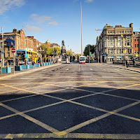 Pictures of Dublin under lockdown: O'Connell Street Bridge