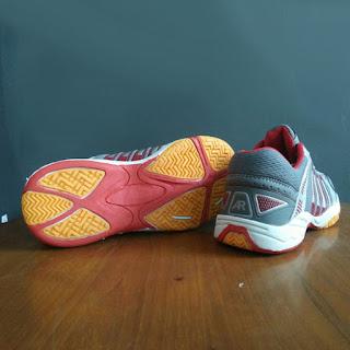Sepatu Badminton AR