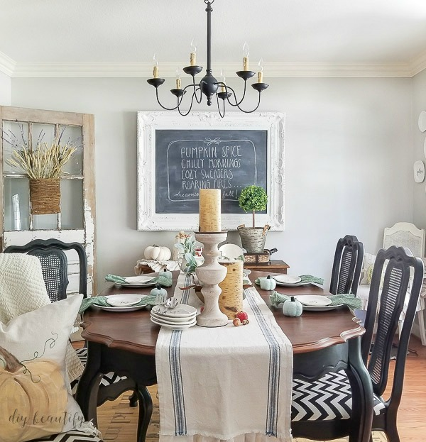 shabby farmhouse dining room