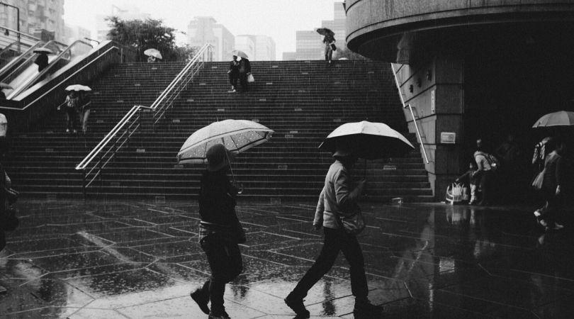 Arti mimpi hujan menurut Primbon