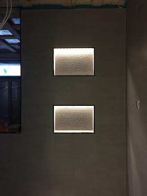 kylpyhuone säilytyslokero, kylpyhuone valaistus, Minos ash matt, Minos ash griffé, laattapiste, harmaa kylpyhuone, harmaa pesuhuone
