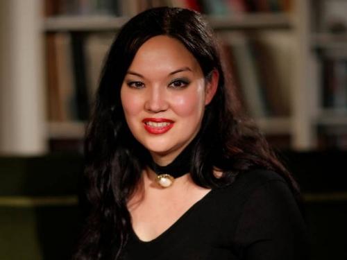 Fishmuffins of Doom: Women in Horror: Women in Caskets Podcast