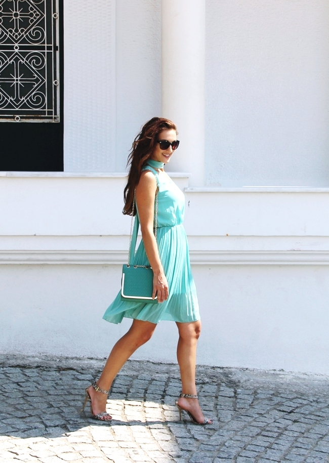 Mint dress.Mint purse.Neutral snakeskin sandals.Best summer looks.Najbolji letnji outfiti.