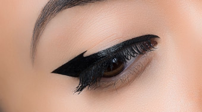 Graphic Liner Make Up For Ever