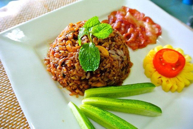 How to Make Fried Rice, the Indonesian Specialty Cuisine