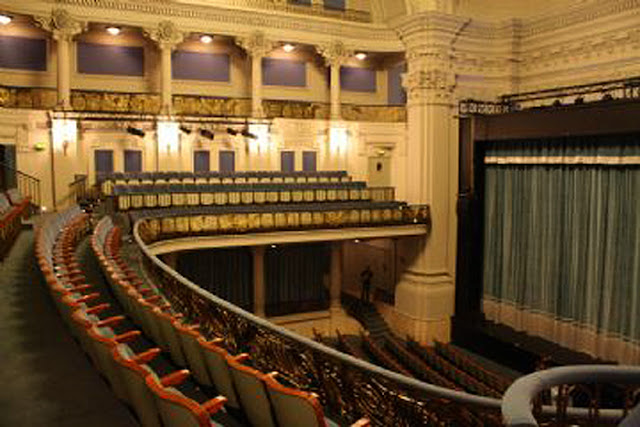 La pantalla magica cines de barcelona cine coliseum for Entradas cine barcelona