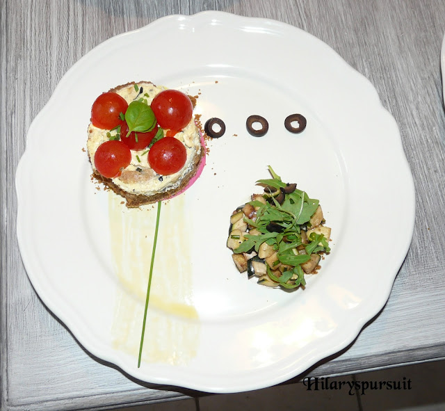 Cheesecake à la courgette et aux olives