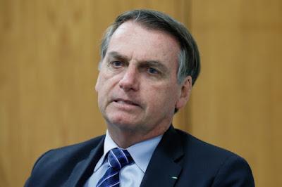 Bolsonaro diz que a imprensa  massacrou seu filho