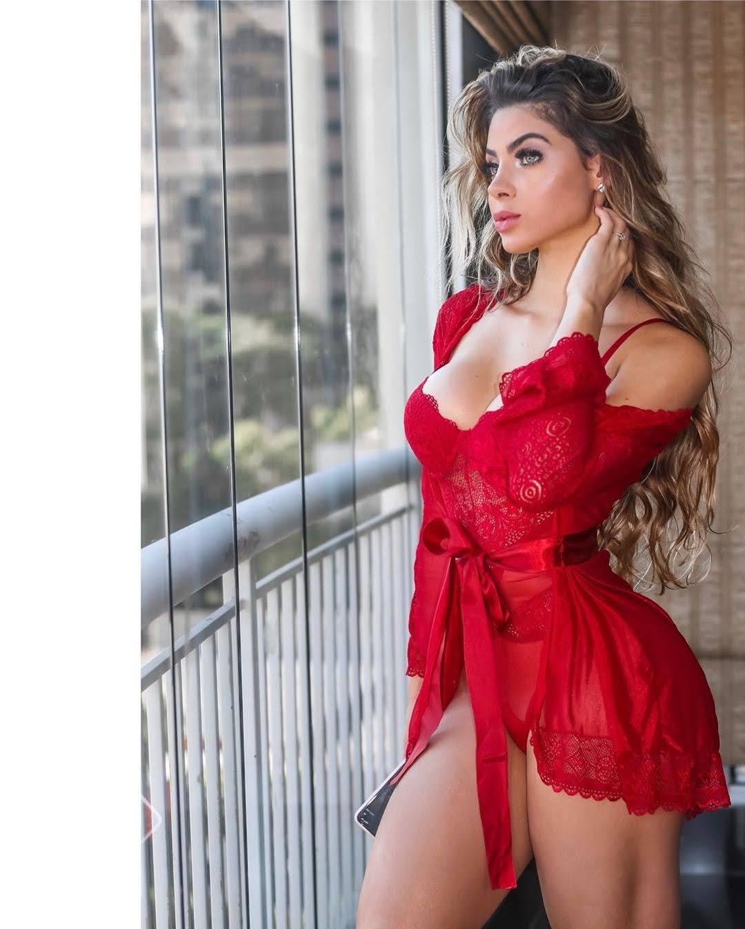 Mariana Castilho posa de lingerie para campanha de moda íntima. Foto: Acervo pessoal/Renato Cipriano - Divulgação