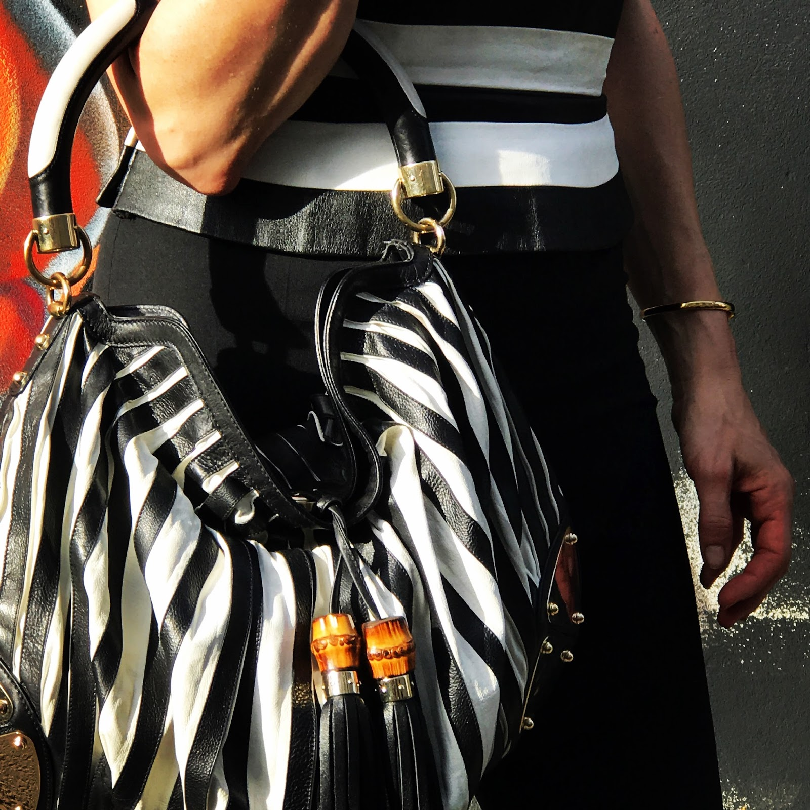 Fashion Blog Düsseldorf, today i am wearing black and white