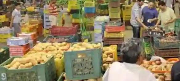 سوق شعبي في الرياض