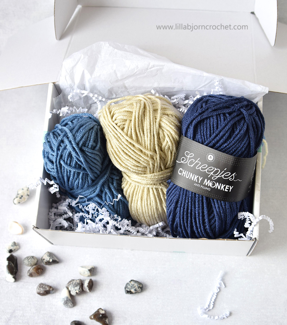 Premium acrylic yarn in aran weight with anti pilling quality