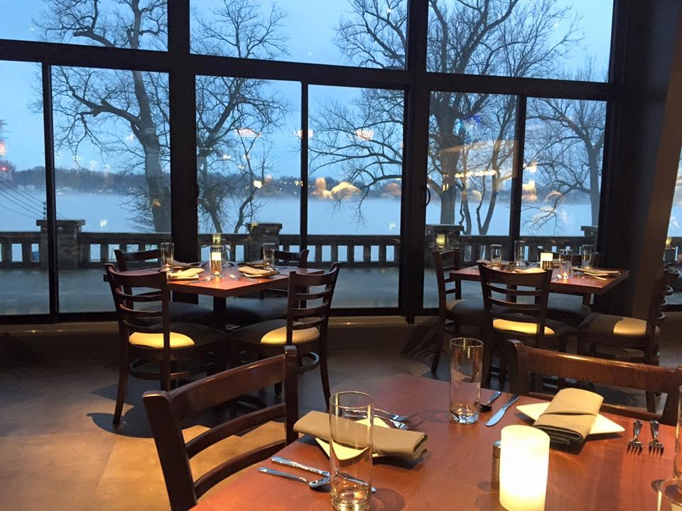 River House Restaurant Raw Bar
