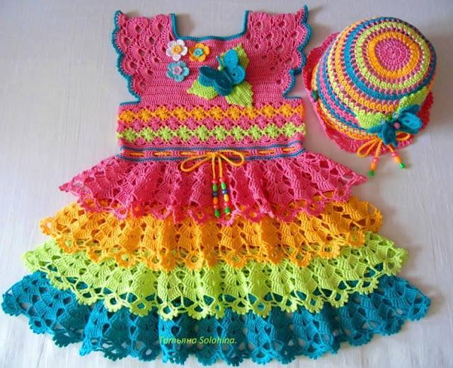 Vestido de Bebé Multicolor a Crochet