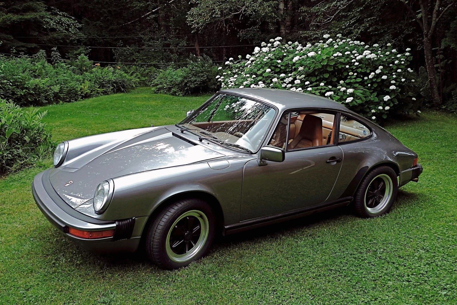 Pondering porsche s a melancholy farewell to my elderly 911 for Farcical waste of time