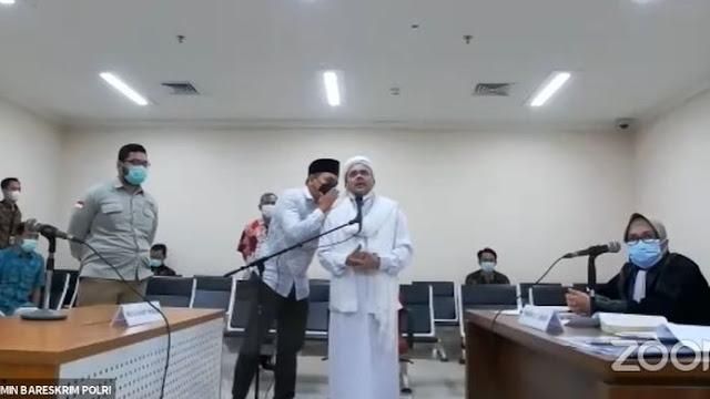 Riziek Ngamuk, Denny Siregar kok Jadi Kayak Anak Kecil
