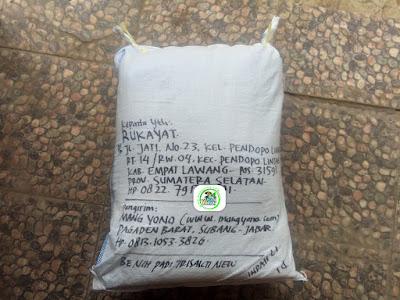 Benih padi yang dibeli  RUKAYAT Empat Lawang, Sumsel. (Setelah packing karung ).