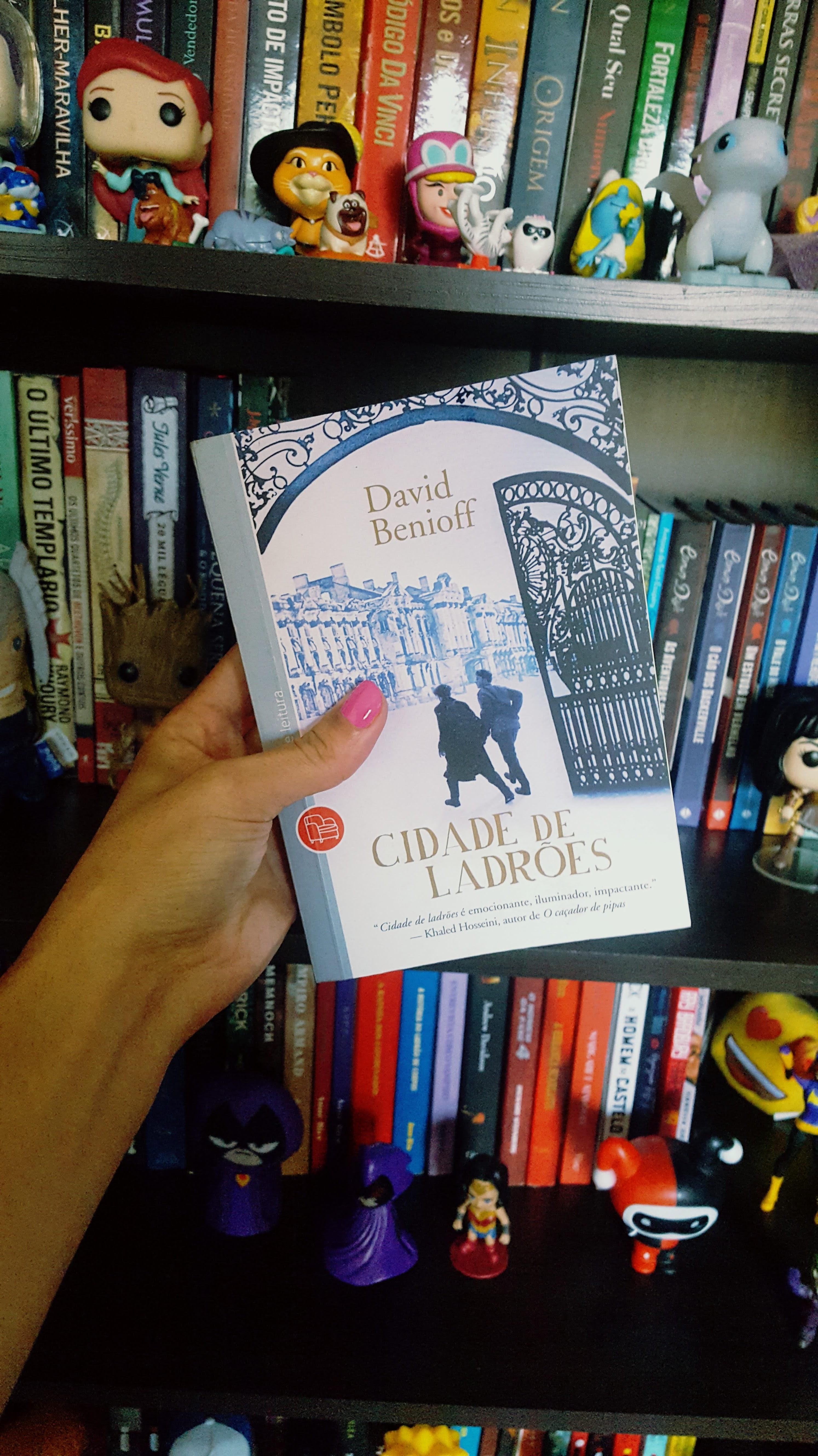 Li até a página 100 | Cidade de ladrões